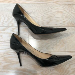 JIMMY CHOO PUMP size 38
